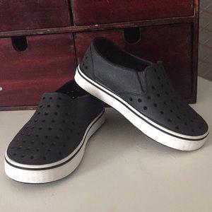 Boy Native slip on shoes